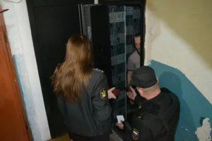 Могут ли приставы арестовать имущество по месту фактического нахождения должника