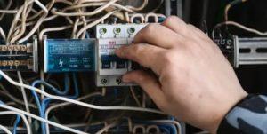 Сколько стоит когда подключают свет отключенный за задолжность жкх?штрафы
