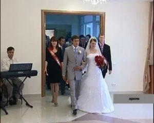 Можно ли подать заявление в загс за 4 месяца до свадьбы в 2020 году